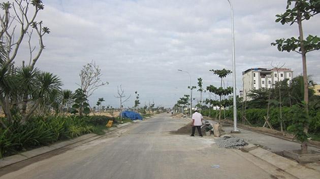 Bán Căn Nhà Mặt Tiền Đường Phạm Hồng Thái Diện Tích 298m2